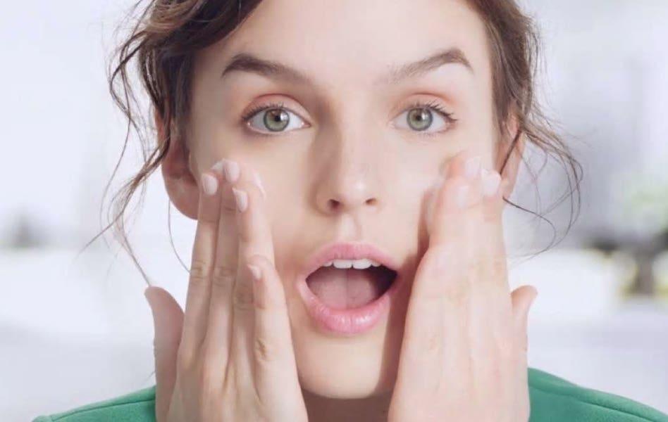 كيف تختارين غسول الوجه المناسب لك