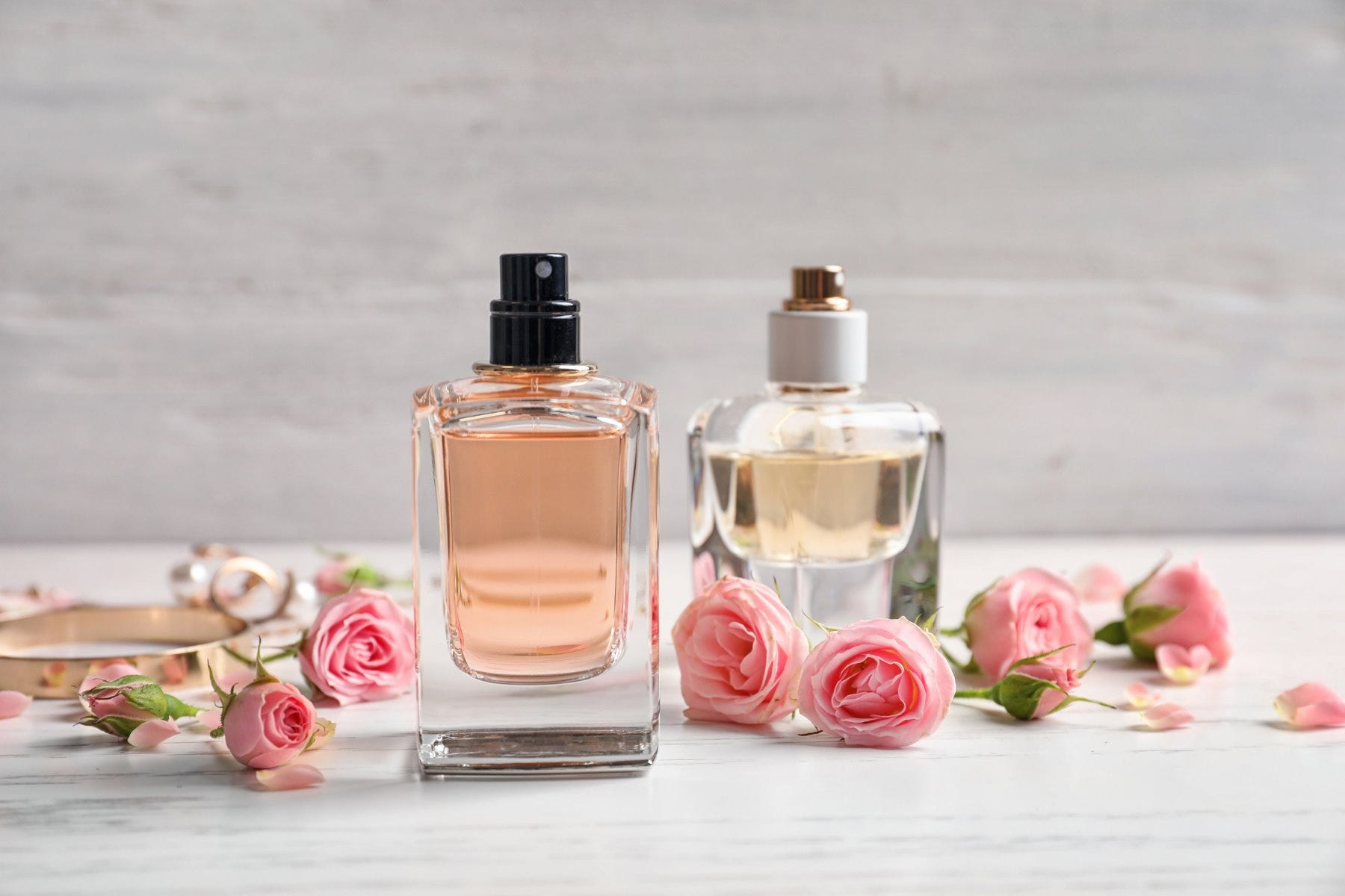 The Art of Fragrance Layering: How to Layer & Blend Your Fragrance